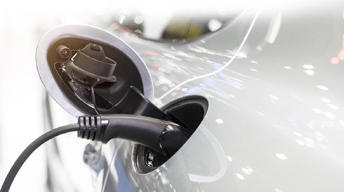 Caricate il vostro veicolo elettrico con l'energia solare